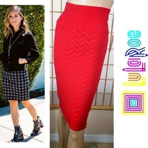 Lularoe Cassie red texture chevron pencil skirt